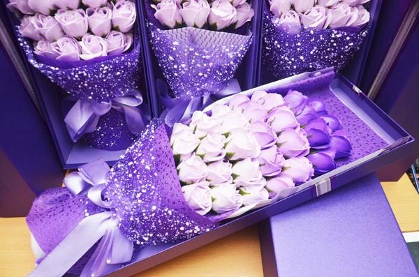 Hoa hồng sáp thơm mẫu 33 bông tuyệt đẹp