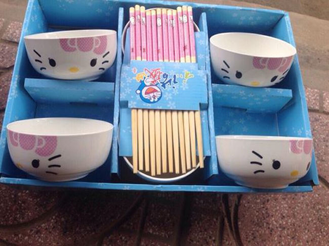 Bán buôn bộ 6 bát đũa Hello Kitty xuất Nhật