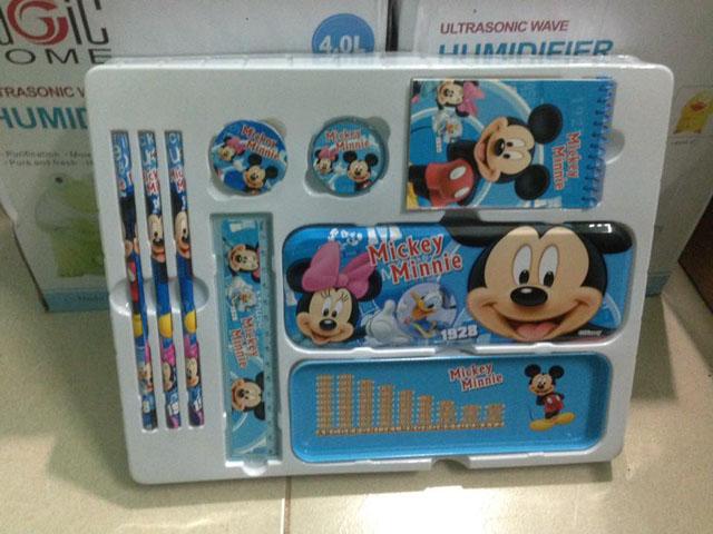 Bán sỉ bộ đồ dùng học tập chuột Mickey