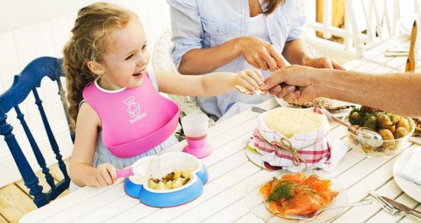 Bán sỉ yếm ăn dặm Baby Bjorn cho bé