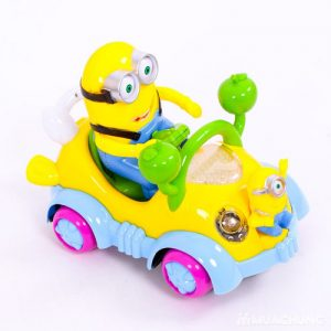Đồ chơi Minion đi xe ô tô phát nhạc