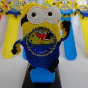 Đồng hồ minion cho bé