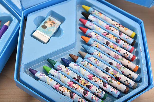 Hộp bút chì màu 46 món xoay cho bé