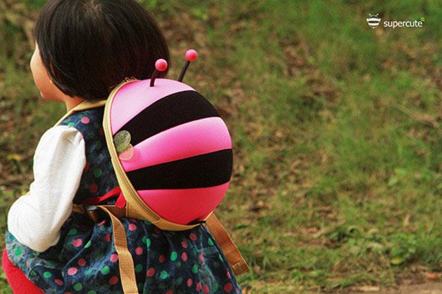Bán buôn balo hình con ong cho bé