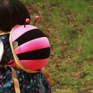Balo hình con ong chăm chỉ cho bé