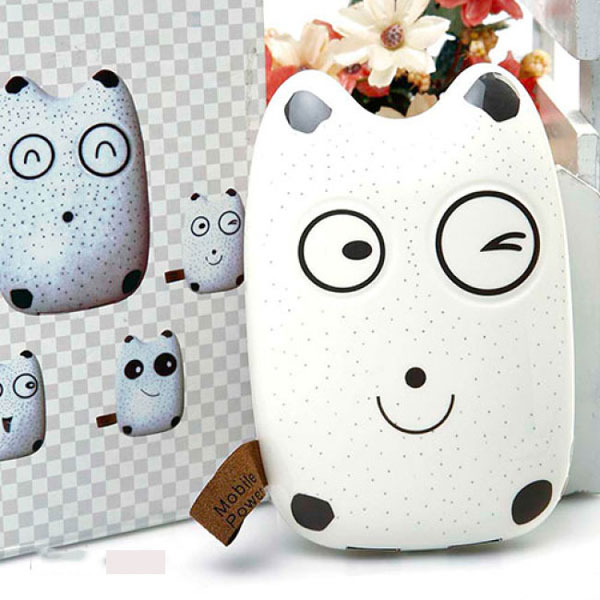 Bán buôn pin sạc dự phòng Totoro ii power bank 20000mAh