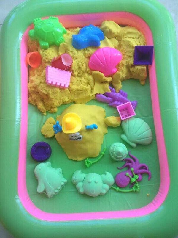 Bán buôn bộ đồ chơi khuôn cát nặn cho bé