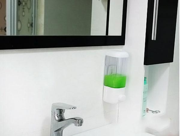 Bán sỉ hộp đựng nước rửa tay loại 1 ngăn