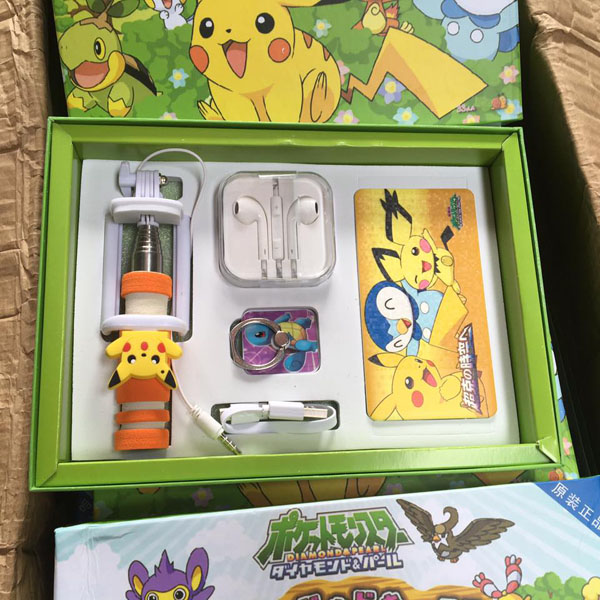 Bộ combo pin sạc dự phòng pokemon