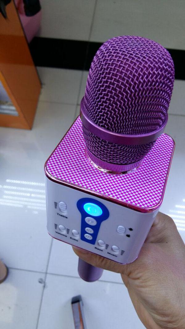 Bán sỉ Mic kèm loa hát karaoke M1 độc đáo