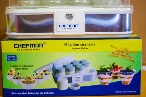 Bán sỉ máy làm sữa chua Chefman 12 cốc thủy tinh