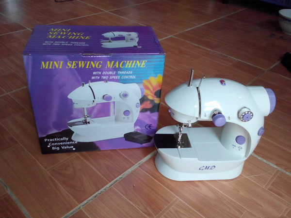 Máy may mini để bàn Mini Sewing Machine CMD