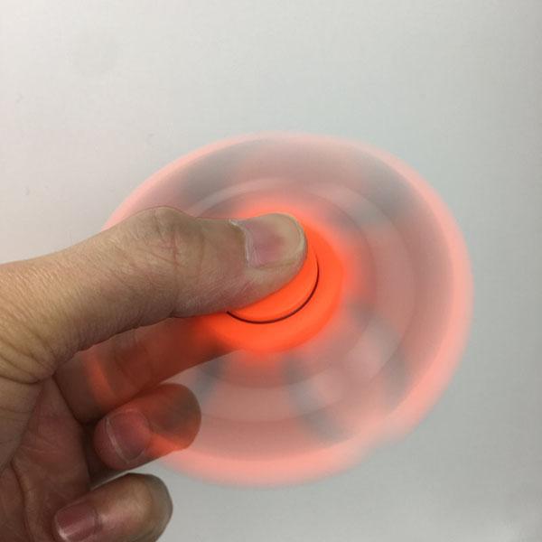 Bán sỉ con quay thần kỳ Hand Spinner - Fidget Spinner