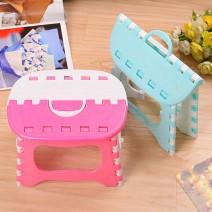 Ghế nhựa xếp mini có quai xách tiện dụng