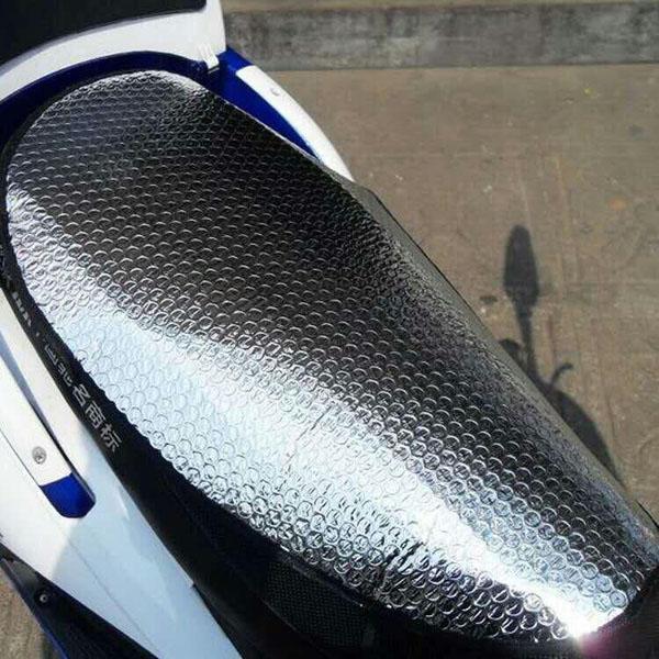 Tấm lót chống nóng yên xe máy
