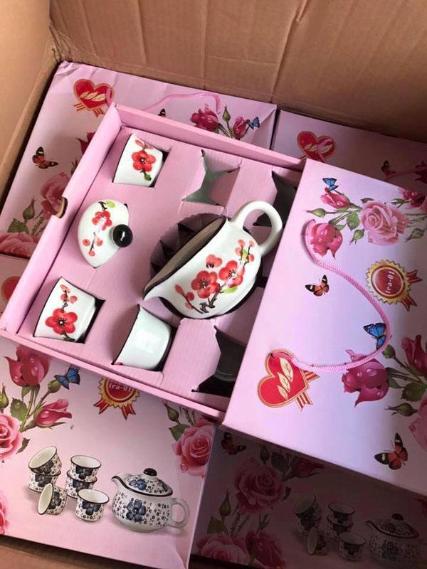 Bộ ấm chén hoa đào xuất Nhật