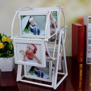 Bộ khung 12 ảnh hình cối xay gió
