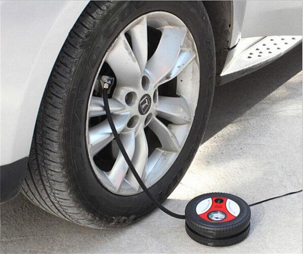 Bơm điện ô tô đa năng 12V cắm tẩu thuốc