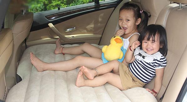 Đệm hơi ô tô - Giường hơi tiện ích cho ô tô