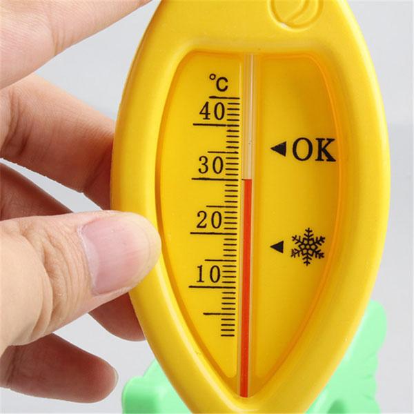 Nhiệt kế đo nhiệt độ nước cho bé hình cá