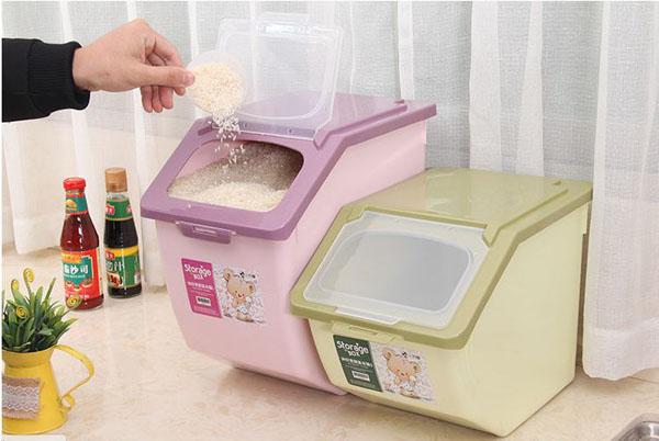 Thùng đựng gạo tiện dụng cho gia đình