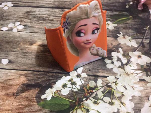 Đai xe máy hình công chúa Elsa