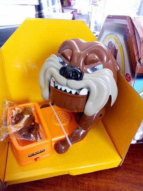 Bán sỉ bộ đồ chơi chú chó giữ xương cho bé