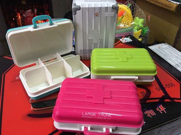 Bán buôn hộp đựng thuốc 6 ngăn mini hình vali