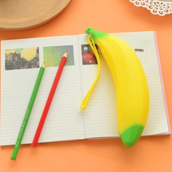 Túi đựng bút hình quả chuối độc đáo