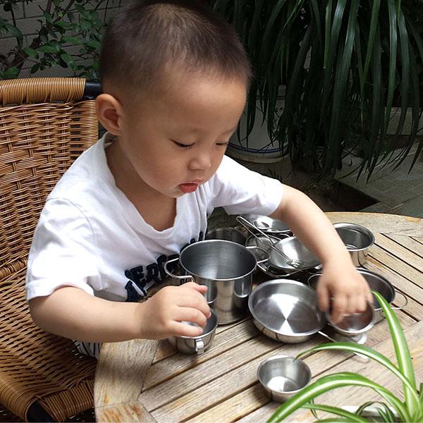Bán buôn bộ đồ chơi nấu ăn bằng inox 40 món cho bé