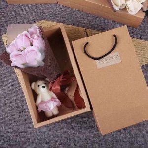 Hoa hồng sáp 7 bông kèm gấu hộp handmade đẹp