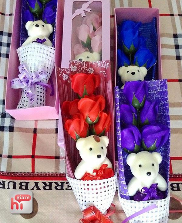 Hoa sáp thơm 5 bông có gấu