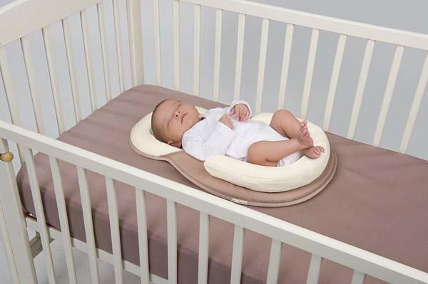 Đệm ngủ đúng tư thế Babymoov cho bé