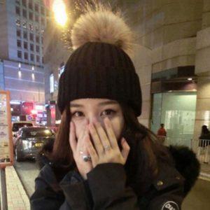 Mũ len quả bông xinh xắn cho bạn gái