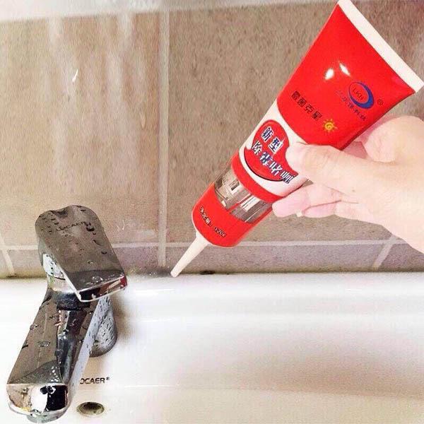 Gel tẩy mốc làm sạch kẽ tường