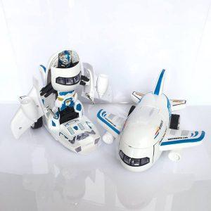 Máy bay biến hình thành robot phát nhạc cho bé