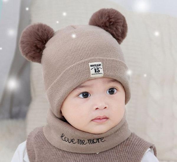 Mũ len 2 quả bông kèm khăn cho bé