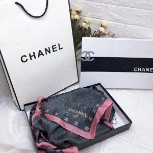 Khăn lụa Chanel kèm hộp túi xách sang trọng
