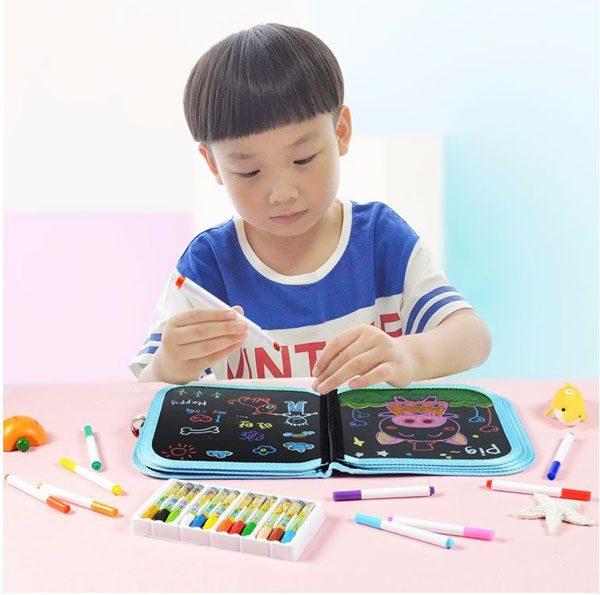 Sách tập vẽ tự xóa cho bé