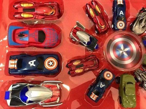 Set ô tô siêu anh hùng 14 chiếc cho bé