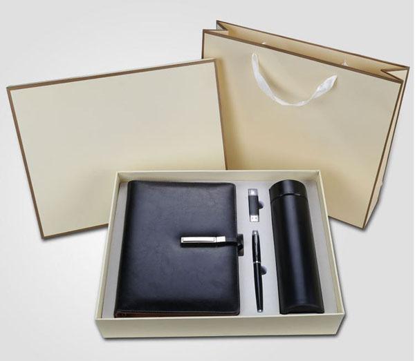 Hộp quà tặng combo sổ bút , sạc và bình giữ nhiệt - Bán buôn siêu rẻ