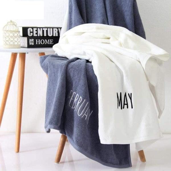 Bán buôn Khăn tắm cotton in tên các tháng